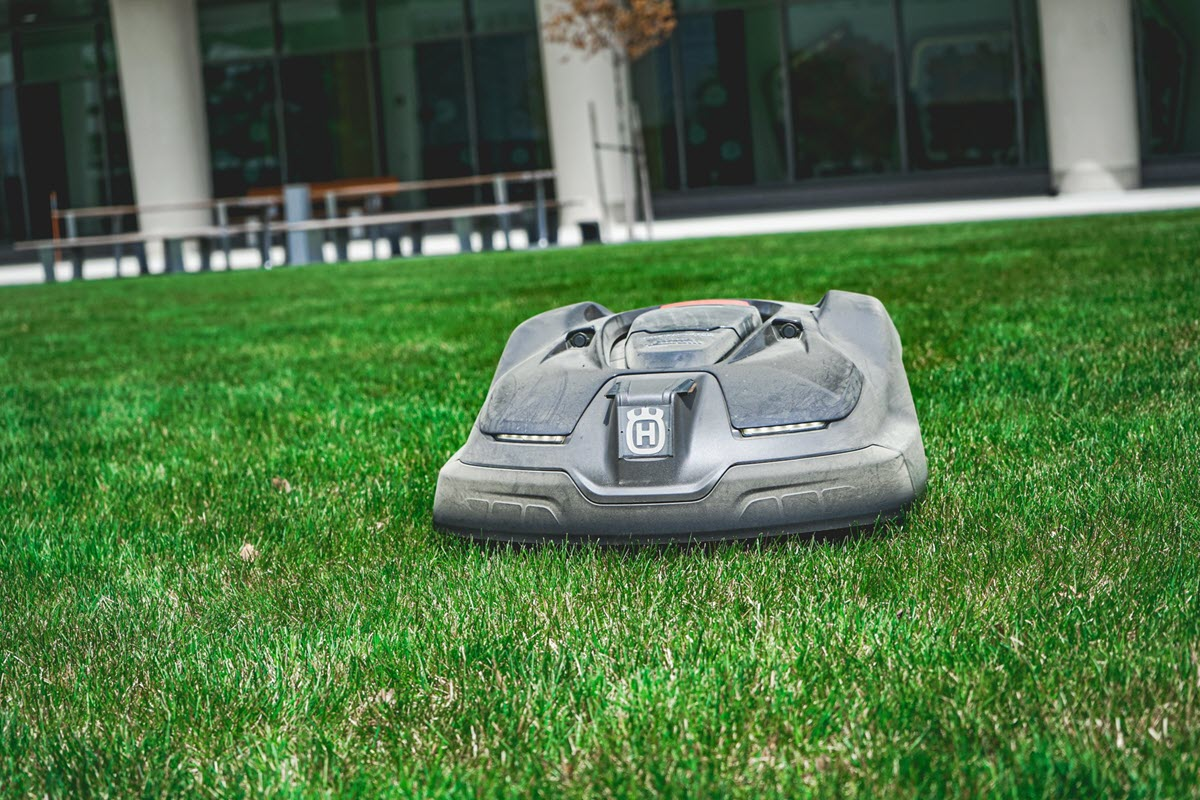 Photo of the Husqvarna autonomous mower at the ISTB facility